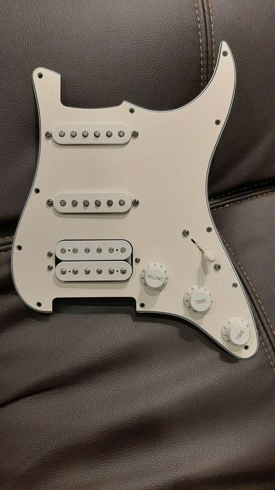 Fender Loaded Pickguard