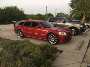 2005 Dodge Magnum RT 5.7 hemi for Sale in Englewood, FL