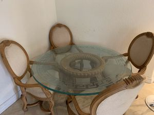 round glass dining table for 4 for Sale in Miami, FL