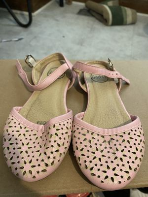 Chanclas/ Flats for Sale in Chicago, IL