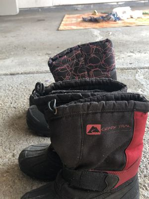 Kids snow boots for Sale in Troy, MI
