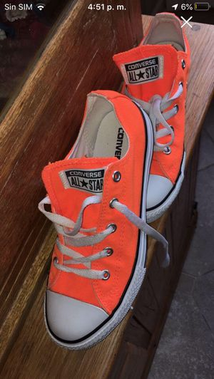Like new converse all star size 3.5 for Sale in Hendersonville, TN