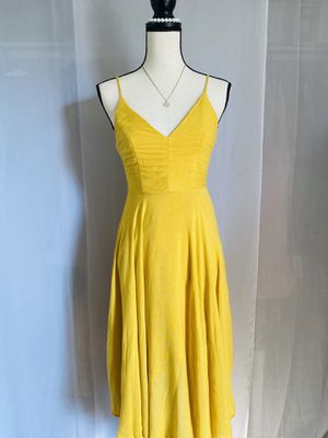 WOMENS CLOTHES AND SUMMER DRESSES for Sale in South Gate, CA