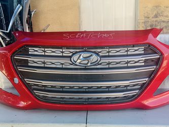Hyundai Elantra GT 2013-2016 Front Bumper Oem for Sale in Hawthorne,  CA