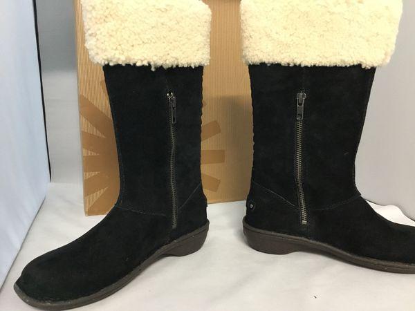 Ugg Karyn black waterproof suede size 6