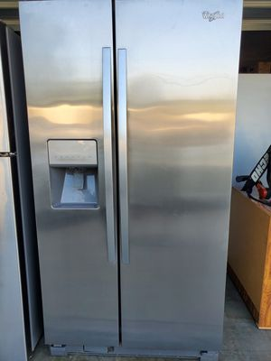 Whirlpool Side by Side Stainless Steel 25 cu. ft. for Sale in ROWLAND HGHTS, CA