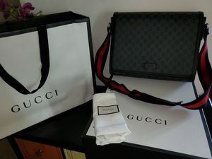 GUCCI messenger bag. for Sale in King of Prussia, PA