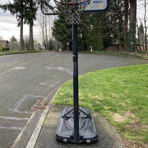 Lifetime Basketball Hoop - Backboard Plexiglas Broken for Sale in Kent, WA