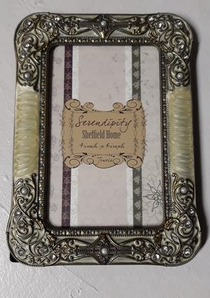 Cute Little 4x8 Picture Frame for Sale in Las Vegas, NV