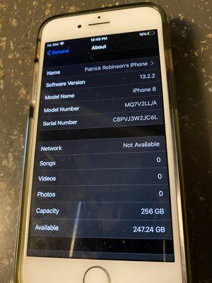 iPhone 8 256gb unlocked for Sale in Murrieta, CA