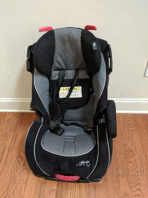 Front facing car seat for Sale in Cumming, GA