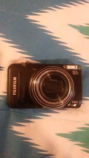 FUJIFILM 14 mega pixel digital camera for Sale in Port Neches, TX