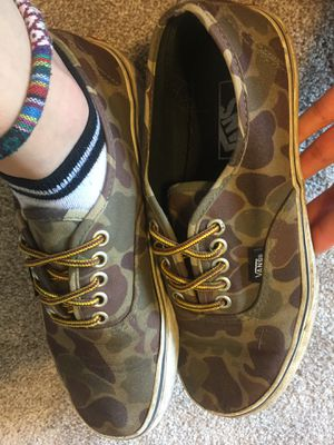 Camo vans size 8 for Sale in Columbus, OH