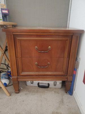 Free small dresser for Sale in San Jose, CA