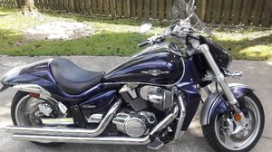 Motorcycle Suzuki M109R excellent condition low miles chrome exhaust for Sale in Northfield, OH