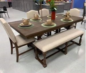 🔈SPECIAL. Regent grayish brown dining room set 🔈table and chairs and bench 🔈Same-Day Delivery for Sale in Pasadena, TX