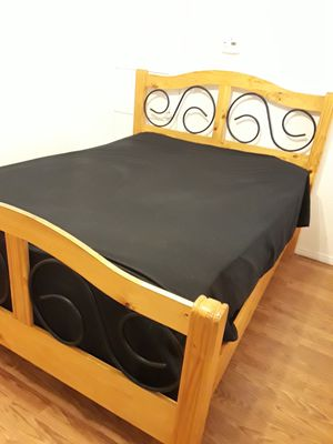 Full bedroom set!!! for Sale in Los Angeles, CA