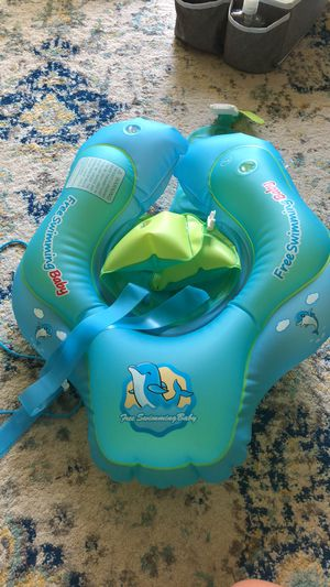 Free Swimming Baby for Sale in Dallas, TX