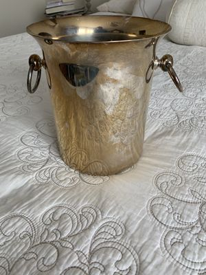 Vintage silver plated champagne bucket for Sale in Alexandria, VA
