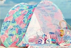 Lilly Pulitzer Beach Tent Sun Canopy /Flowery pink. New in unopened plastic for Sale in Fort Lauderdale, FL