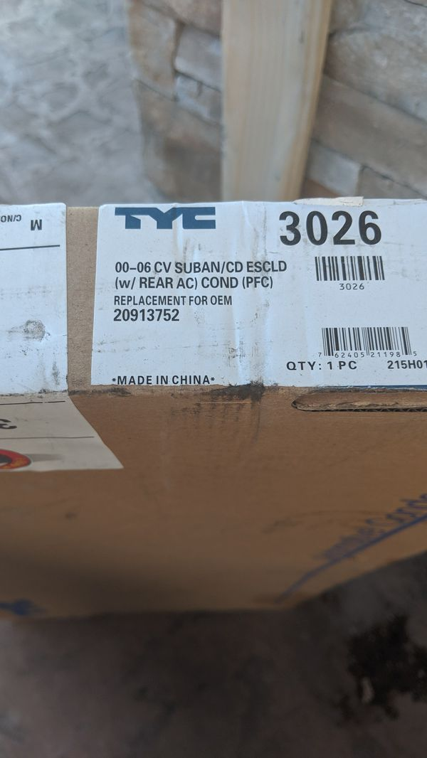 New CHEVY GMC CADILLAC SUV RR A/C CONDENSOR