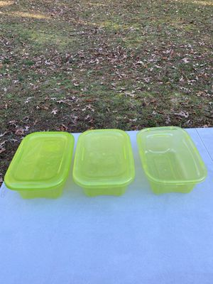 3 Bella 6-Quart Lime Storage Containers for Sale in Woodbridge, VA
