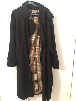 Burberry trench coat for Sale in Boca Raton, FL