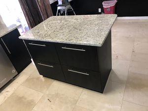 Kitchen cabinets Isla for Sale in Orlando, FL