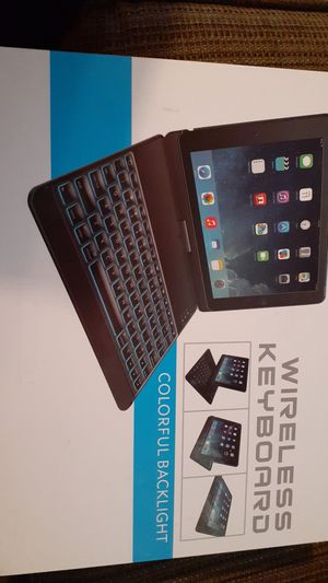 IPad 9.7 keyboard Case Whit auto Wake/ Sleep for Sale in Phoenix, AZ