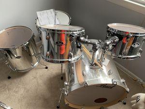 Pearl 5 piece drum set, stool, drum pedal for Sale in Westampton, NJ