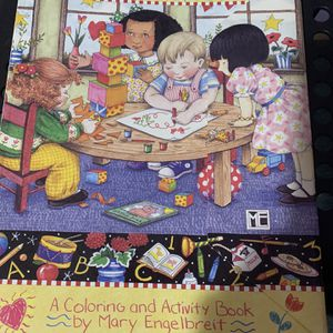 Mary Englebreit 1995 Activity Book Excellent Condition for Sale in Tacoma, WA