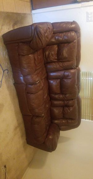 Leather Couch for Sale in Laveen Village, AZ