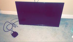 32 inch TV/ Roku included for Sale in Alexandria, VA