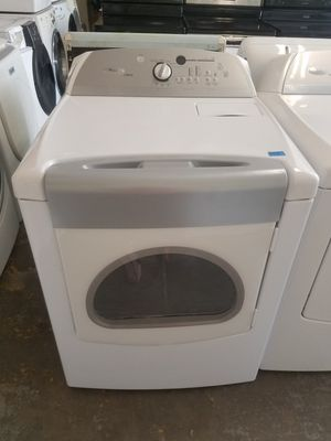 White Whirlpool Cabrio Front Load Dryer for Sale in Temple Terrace, FL