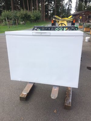 Whirlpool 14.8 cu.ft. Chest Freezer for Sale in Eatonville, WA