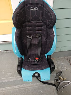 Kids car seat. for Sale in Leicester, MA