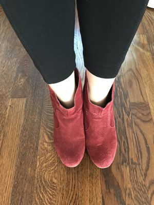 Short boots from Urban Outfitters size 7 for Sale in Washington, DC