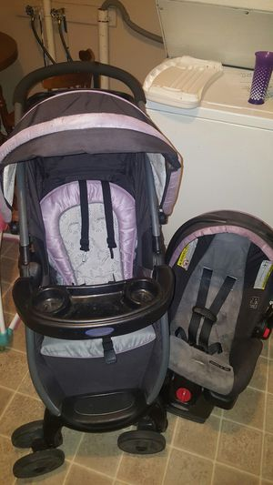 Graco matching car seat & stoller for Sale in Wichita, KS