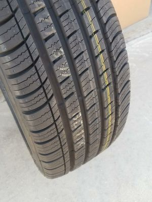 KUMHO SOLUS 225/45/18 for Sale in Bakersfield, CA