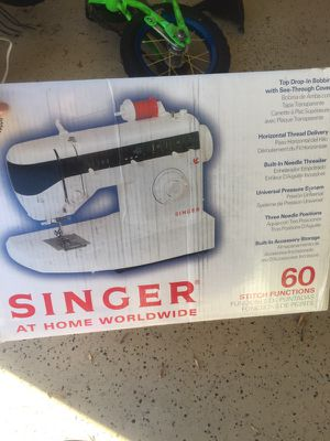 Singer sewing machine for Sale in Fuquay Varina, NC
