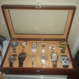 Jindilong 12 Slot Watch Case Solid Wood for Sale in Las Vegas, NV