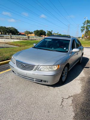 Up for sale 2006 Hyundai Azura for Sale in Clearwater, FL