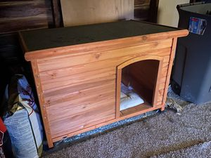 XXL Dog House for Sale in Cleveland, OH