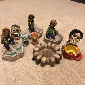 Lot of 19 items including ashtrays, lighters, pot memorabilia, weed items. Skulls. Bong, Jamaica. for Sale in Kent, WA