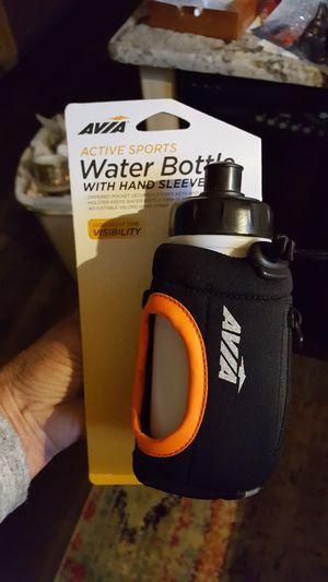 Water bottle, wrist attachments, new for Sale in Allen Park, MI