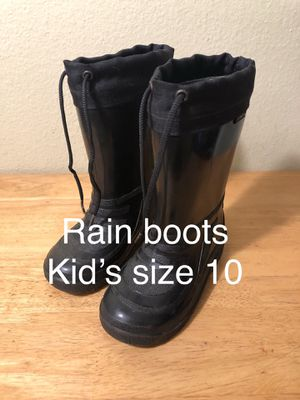 Kids insulted rain/snow boots for Sale in Poway, CA