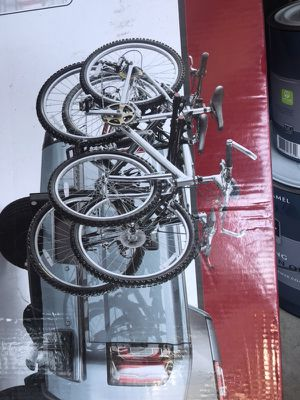 Hitch mount folding 4 bikes.. for Sale in Grand Prairie, TX