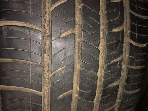 235/60/18 Goodyear tire