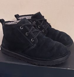 Men's Ugg's, Used, Size 10 for Sale in Gaithersburg,  MD