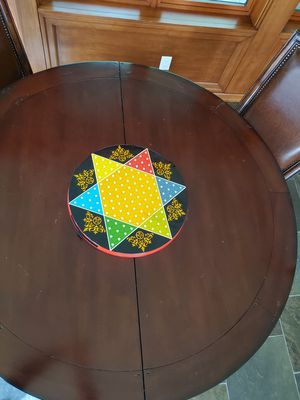 Table and 6 chairs for Sale in Redmond, WA